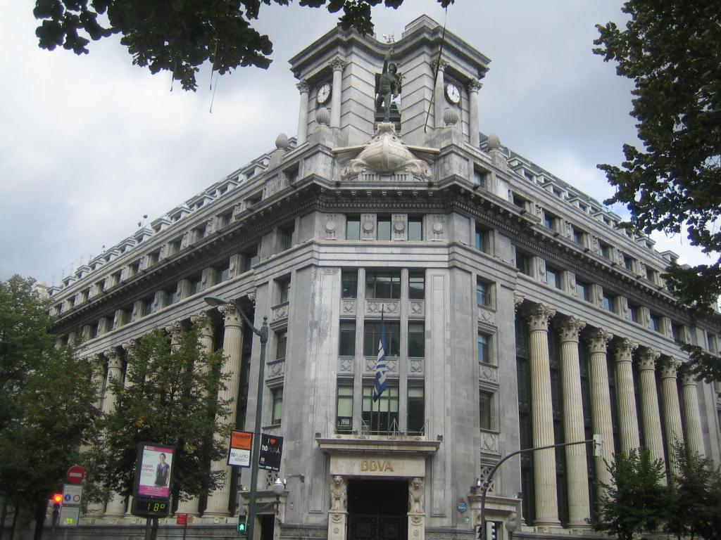 Bilbao 2010 de ciudad industrial a villa tur stica y de for Banco bilbao vizcaya oficinas